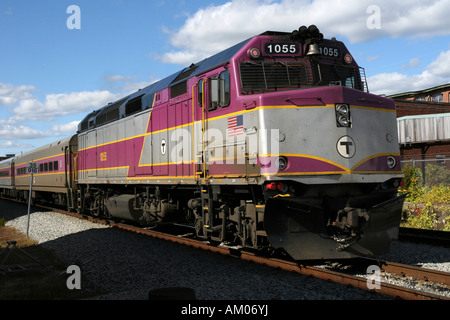 MBTA Passagier Lokomotive bei Plymouth MA - Stockfoto