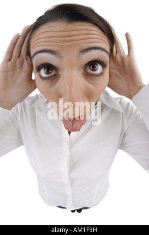 Frau macht Grimasse. Mit fisheye-Objektiv gemacht. - Stockfoto