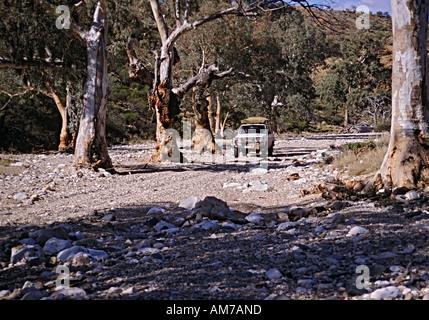 4WD fahren, trockenen Creekbed South Australia - Stockfoto
