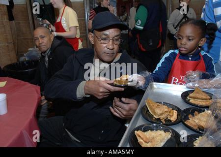 Suppenküche Freiwilligenarbeit in New Haven CT USA Stockfoto, Bild ...