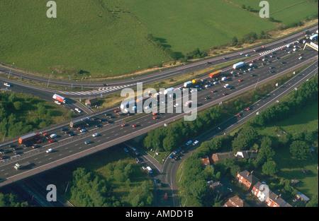 Luftaufnahme der M60 Ringstraße, Manchester, GB - Stockfoto