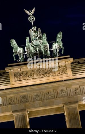 Quadriga, Brandenburger Tor, Berlin. Architekt: Carl Gotthard Langhans - Stockfoto