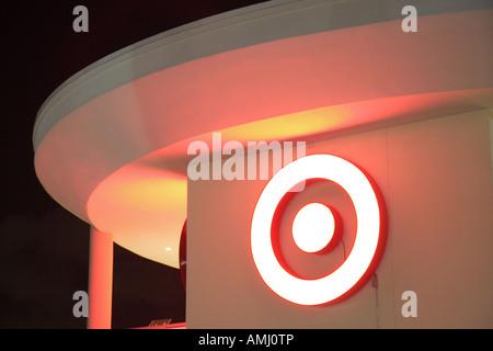 Miami Florida Rabatt Kaufhaus Logo Zeichen Nacht Marke Zielerfassung - Stockfoto