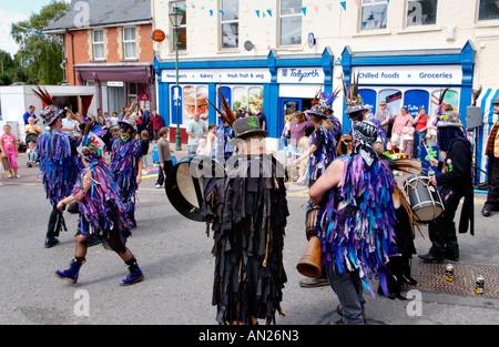 Die Widders Morris Tänzer auf Talgarth Festival der Black Mountains Powys Mid Wales UK - Stockfoto