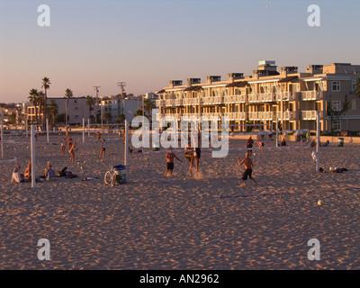 Hermosa Beach California späten Nachmittag Beachvolleyballspieler