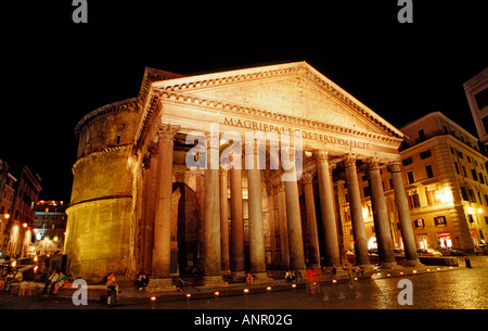 Pantheon Italien Rom Piazza della Rotonda - Stockfoto