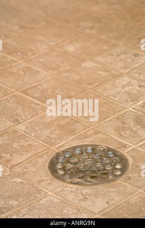 Wasserablauf Dusche wasserablauf auf der abfluss fliese dusche stockfoto bild