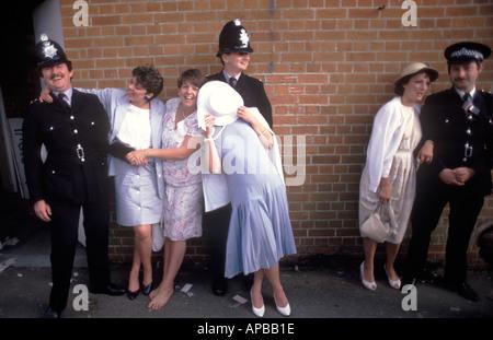 LADIES DAY Royal Ascot Berkshire Pferderennen England Juni 1980 s UK HOMER SYKES - Stockfoto