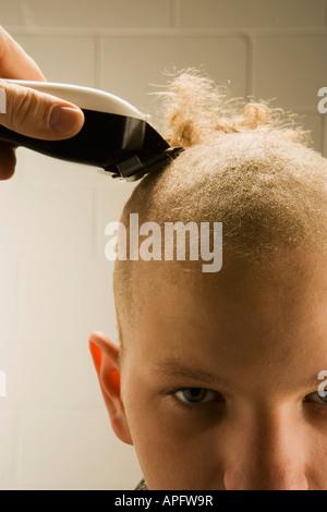 Kind immer eine Buzz geschnitten - Stockfoto