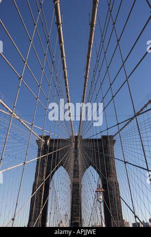 Auf der Brooklyn Bridge - Stockfoto