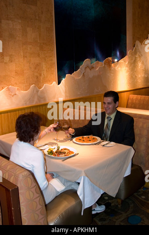 Paar in einem Restaurant in Las Vegas Nevada NV - Stockfoto