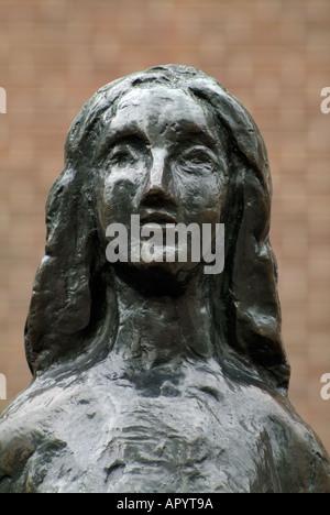 Statue von Anne Frank, Westermarkt, Amsterdam, Holland, Niederlande - Stockfoto