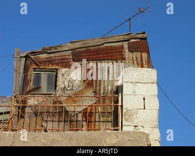 Zinn Häuser in Nachlaot oder Nahlaot eine Gruppierung von 23 alten Innenhof Nachbarschaften, die die neue Stadt - Stockfoto