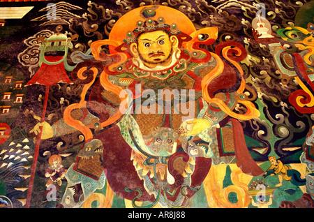 Bunte Wandmalerei an der buddhistischen tibetischen Wudangzhao Lamakloster nahe Baotou autonomen Region Innere Mongolei. - Stockfoto