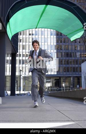 Unternehmer tragen Parafoil - Stockfoto