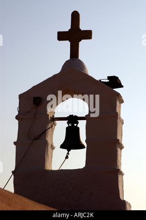 Eine traditionelle Kirchenglocke in Mykonos griechische Inseln - Stockfoto