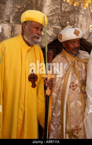 Priester Gekreuzigt