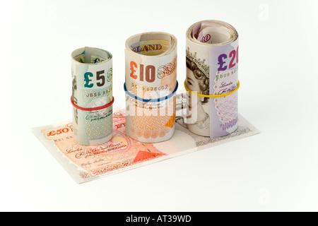 Rollen von britischen UK Banknoten auf £50 - Stockfoto