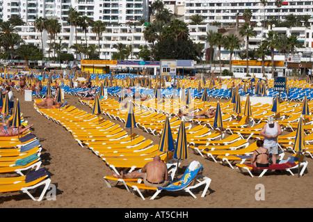 Strand von Puerto Rico auf Gran Canaria auf den Kanarischen Inseln - Stockfoto