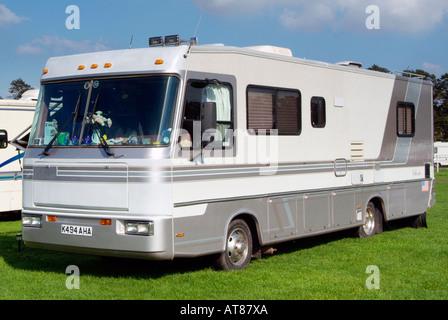 Wohnmobil Fahrzeug Transport Transport Gas Guzzler unabhängige rv Freizeit Freizeit mobile York Yorkshire - Stockfoto