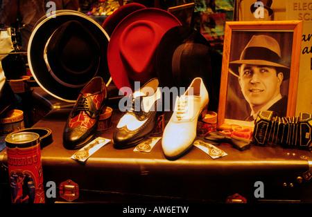 Carlos Gardel Porträt im Schaufenster des Suichapa 256 Tango Zubehörshop Buenos Aires Argentinien - Stockfoto