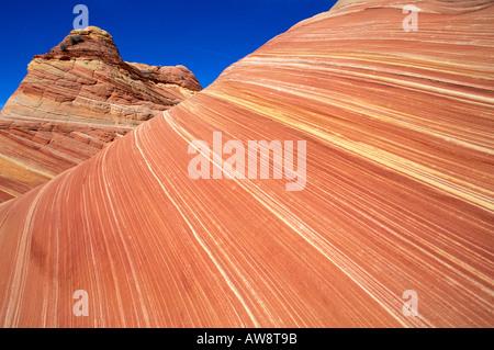 Wirbelnden Sandsteinformation, bekannt als The Wave Coyote Buttes Paria Canyon Vermilion Cliffs Wilderness Arizona - Stockfoto