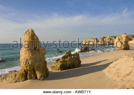 Portugal Algarve Praia de Sao Rafael Strand im Winter in der Nähe von Albufeira - Stockfoto