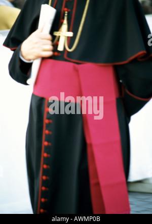 Mitte Schnittansicht eines Priesters holding Komboloi, Äthiopien ...