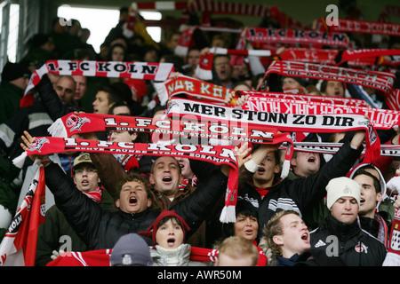Ventilatoren für den deutschen Fußballclub 1 jelling. FC Köln - Stockfoto