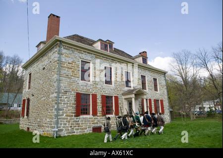 Schuylers Firma New York Provinziale von Albany reenacting Militär bohrt Old Fort Johnson Amsterdam New York - Stockfoto
