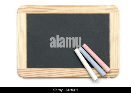 kleine kreide tafel auf schreibtisch aus holz mit platz. Black Bedroom Furniture Sets. Home Design Ideas