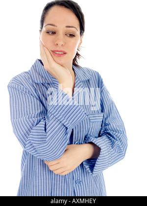 Junge Frau mit Zahnschmerzen Modell veröffentlicht - Stockfoto
