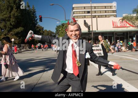 W. mit der Milliardäre für Bush-Gruppe in der Doo-Dah-Parade 2005 - Stockfoto