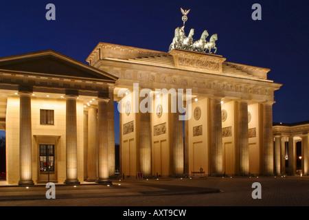 Berlin Brandenburger Tor Quadriga Brandenburger Tor-Pariser Platz Quadriga - Stockfoto