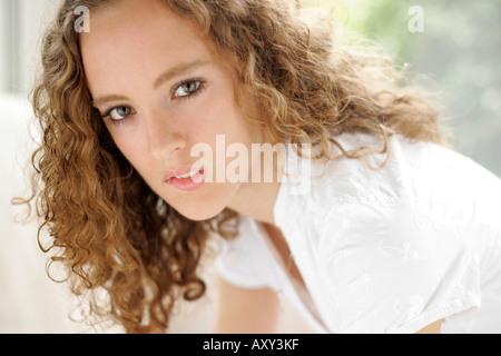 Junges Mädchen aufregen - Stockfoto