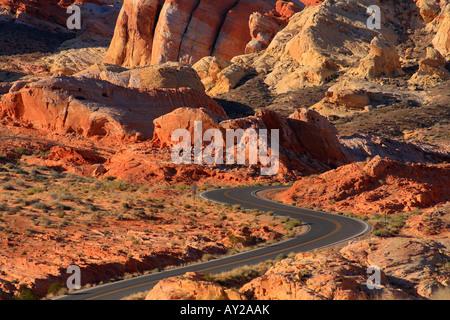 Straße, Valley of Fire State Park, Nevada, USA Mohave-Wüste - Stockfoto