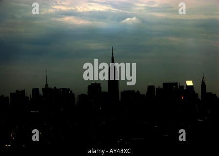 Blick auf Manhattan und das Empire State Building - Stockfoto