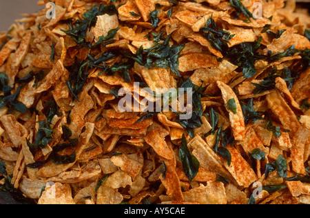 Fried-Chips für Verkauf im Bereich Fort, Thiruvanathapuram (Trivandrum), Kerala, Indien - Stockfoto