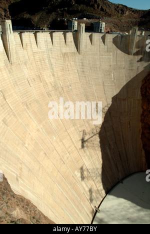 Hoover-Staudamm an der Grenze zwischen Arizona und Nevada, Vereinigte Staaten - Stockfoto