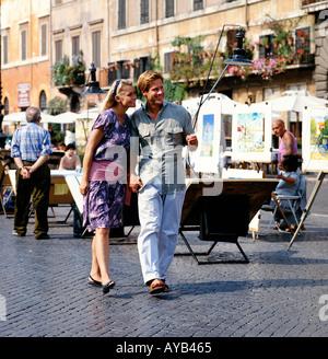 Paar In Piazza Navona-Rom Italien - Stockfoto