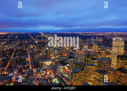 Bewölkten Nacht auf Toronto - Stockfoto