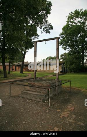 Galgen im ehemaligen Konzentrationslager in Auschwitz, wo die ehemalige Nazi-Kommandanten Rudolf Höss, hingerichtet - Stockfoto