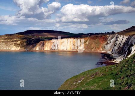 Eine Ansicht der Alum Bay von den Nadeln, Isle Of wight - Stockfoto