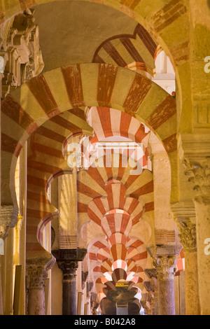 Kirchenschiff der ursprünglichen Moschee von Abderraman I auf die Mezquita (-Moschee-Kathedrale), Córdoba, UNESCO - Stockfoto