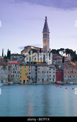 Kroatien, Istrien, Rovinj, Kathedrale der Heiligen Euphemia - Stockfoto