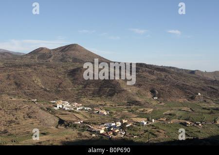 Blick von der Puerta de Erjos-Pass über den Bereich des Valle Arriba in Santiago del Teide, Teneriffa - Stockfoto