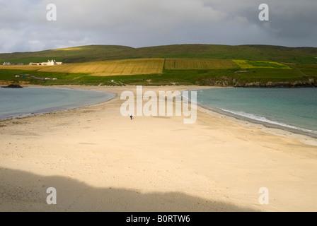 Tombolo verbindet St. Ninian Insel auf dem Festland, Shetland-Inseln, Schottland, UK - Stockfoto