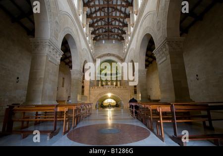 Kirchen im Heiligen Land: Innenraum der Kirche auf das Franziskanerkloster auf Mt. Tabor, Israel, - Stockfoto