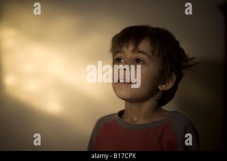Jungen im Alter von sechs - Stockfoto