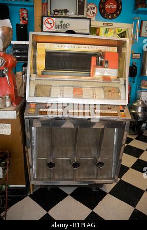 1956 Seeburg-Juke-Box in Restaurant Carrabelle Florida - Stockfoto